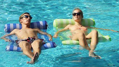 Floating Hammocks Reviews