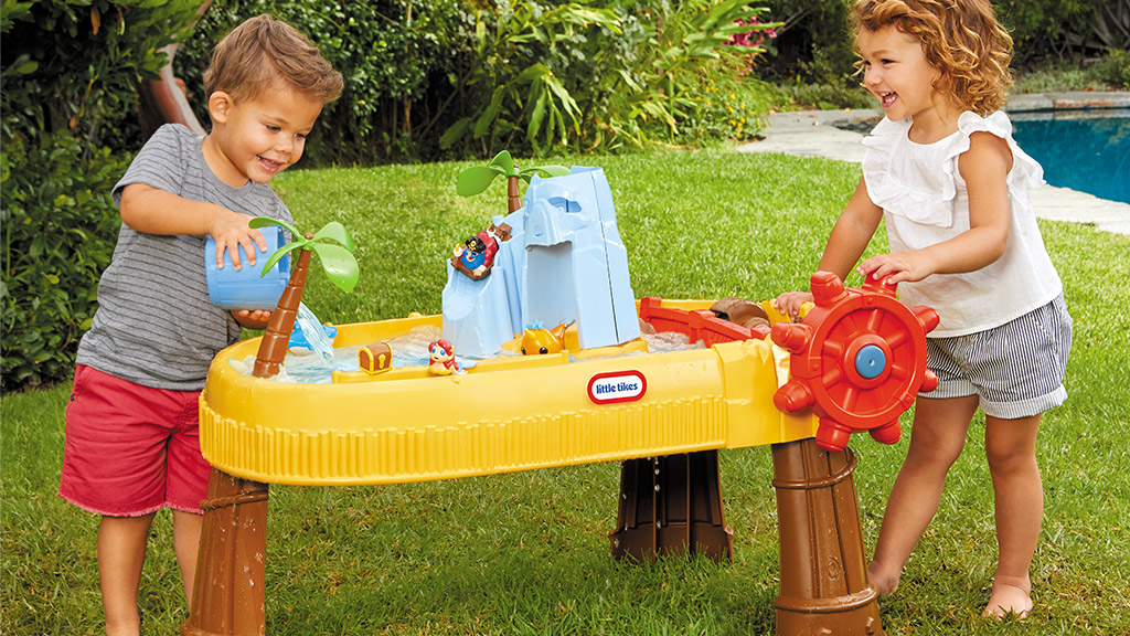 Best Water Tables for Toddlers and Kids Review Guide For 2020