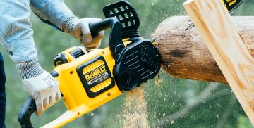 Top Best Cordless Chainsaws Review Guide For 2021-2022